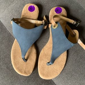 New White Mountain Sandals